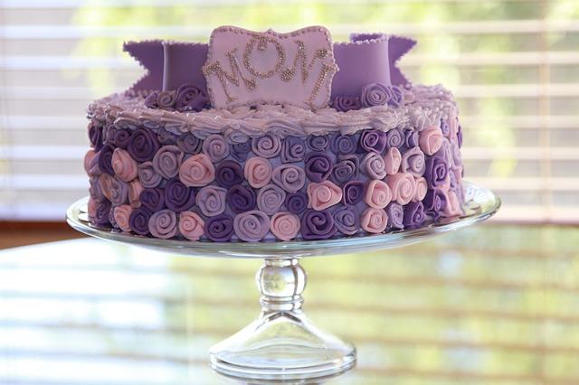 narozeninový dort pro maminku.jpg